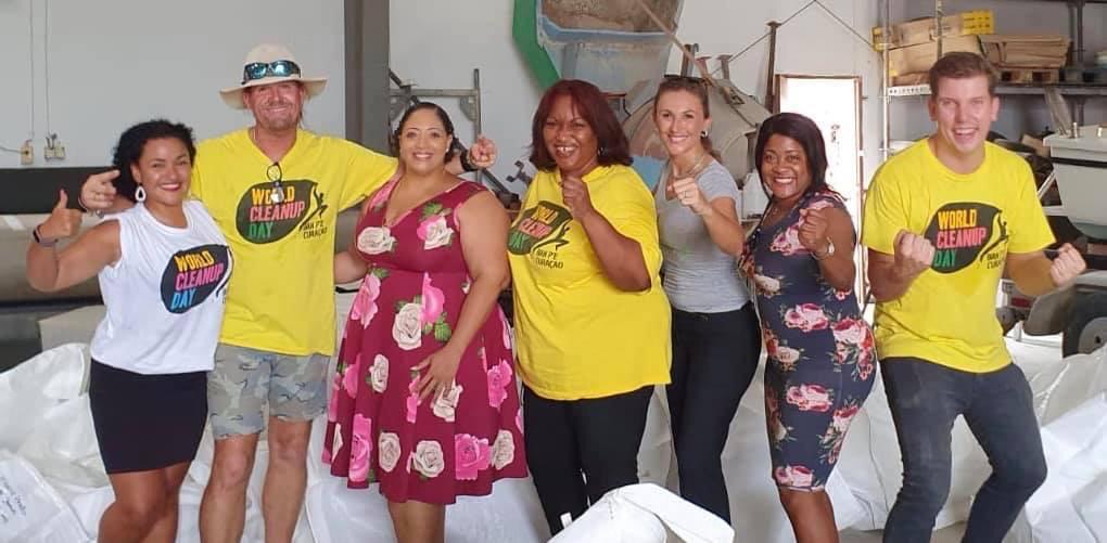 interview powervrouwen Coca-Cola Curacao Mythe Verhulst clean-up team